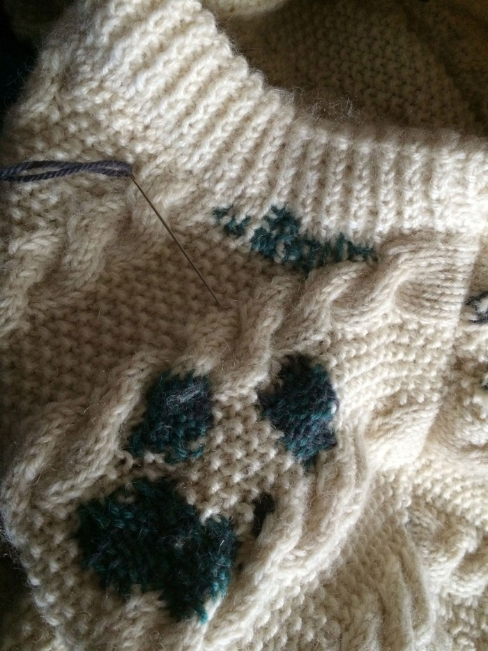 Textile Toolbox: A Jumper to Lend, a Jumper to Mend, image 3